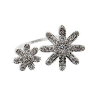 Prsten s květy a kamínky